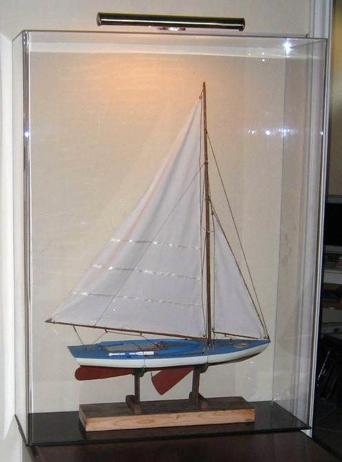 Ship Display Cases Mahogany Amp Acrylic Custom Acrylic Cases