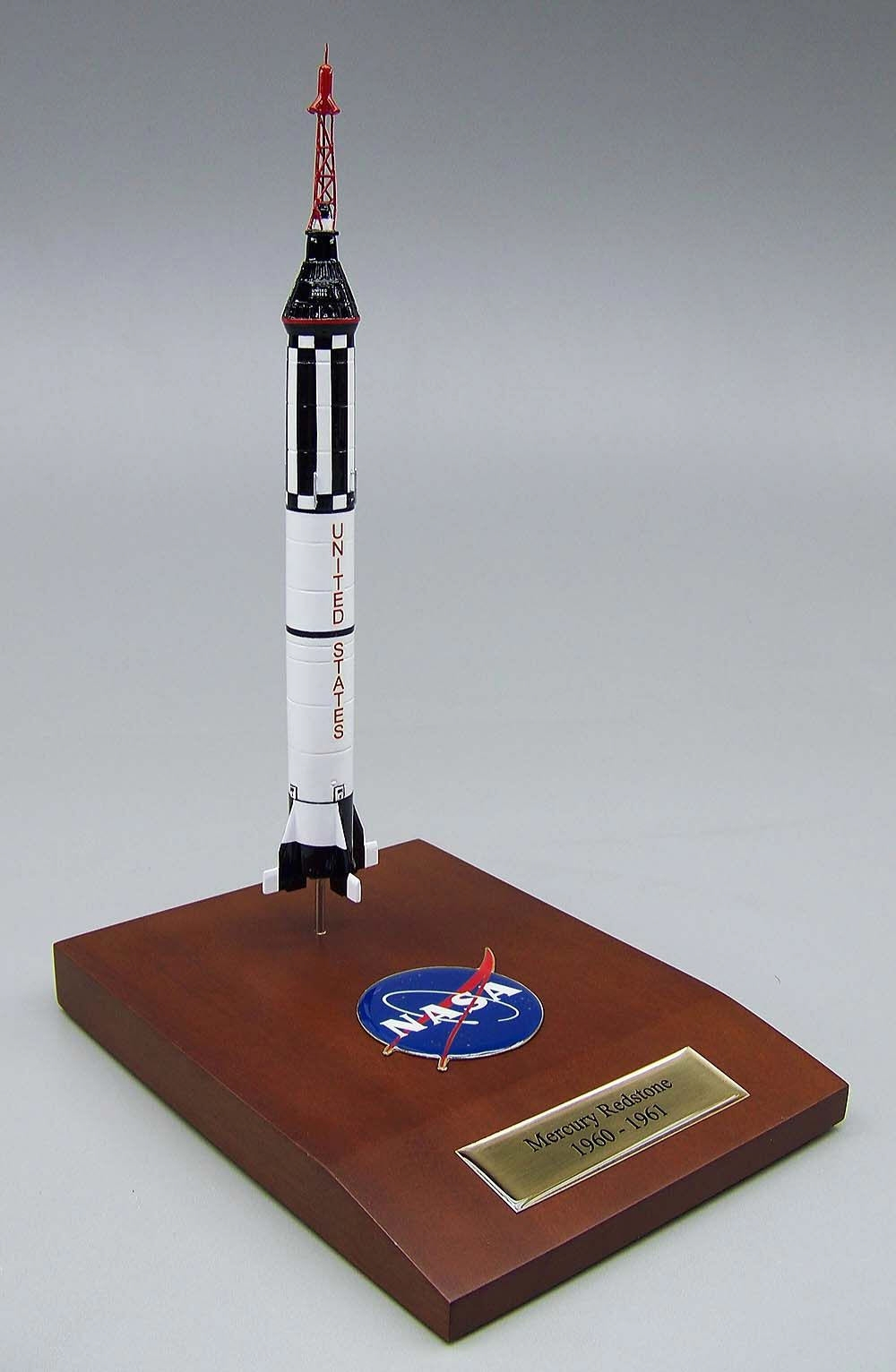 nasa redstone rocket model - photo #3