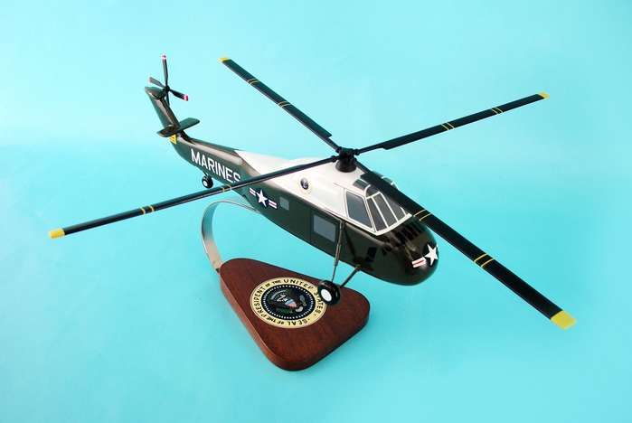 helicopter desk models 1
