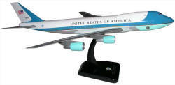 Hogan - Air Force One - VC-25A 747-200 - 1/200 Scale Plastic Model