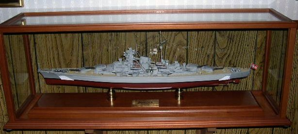 WWII German - Bismarck Battleship - 1/350 Scale Mahogany Model - SCMCS008W