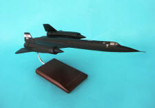NASA - Lockheed - SR-71 Blackbird - 1/72 Scale Resin Model