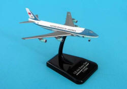Hogan - Air Force One - VC-25A 747-200 - 1/1000 Scale Plastic Model
