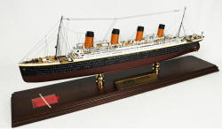 Click Here For Details And A Larger View - RMS Titanic Oceanliner - 1/350 Scale Mahogany Model