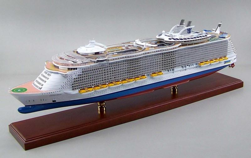 MS Oasis Of The Seas Scale Ship Model - Cruise ship model kits