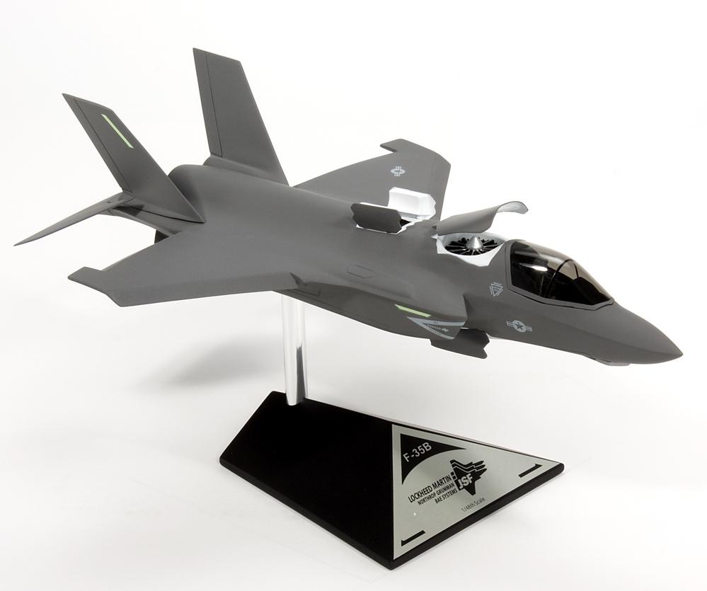 USMC - United States Marine Corps Airplane Models - Model